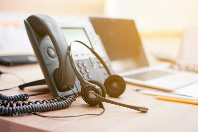 Call Centre - Phone and Headset